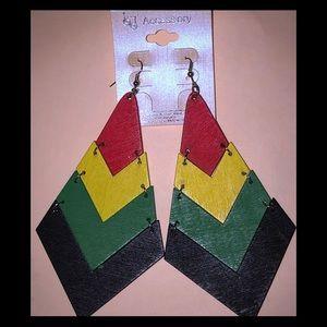 NEW IN!! Rasta style earrings